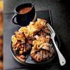 photo Aumônière de crêpes, pommes sautées, caramel au beurre salé, par Eric Frechon