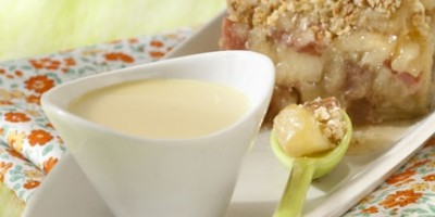 photo Crumble pommes, rhubarbe et sa crème anglaise