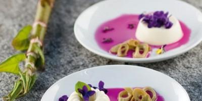 photo Panna Cotta au sirop de violettes