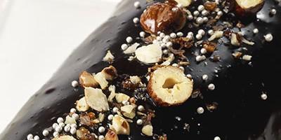 photo Bûche caramel-beurre salé, glaçage chocolat