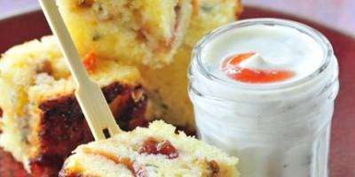 photo Cake à la confiture de quetsches, basilic et poivrons confits