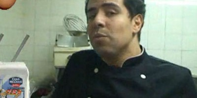 photo Abdel Alaoui réalise une verrine au coulis de mangue, crème de coco et Spéculoos